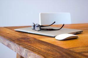 glasses-laptop